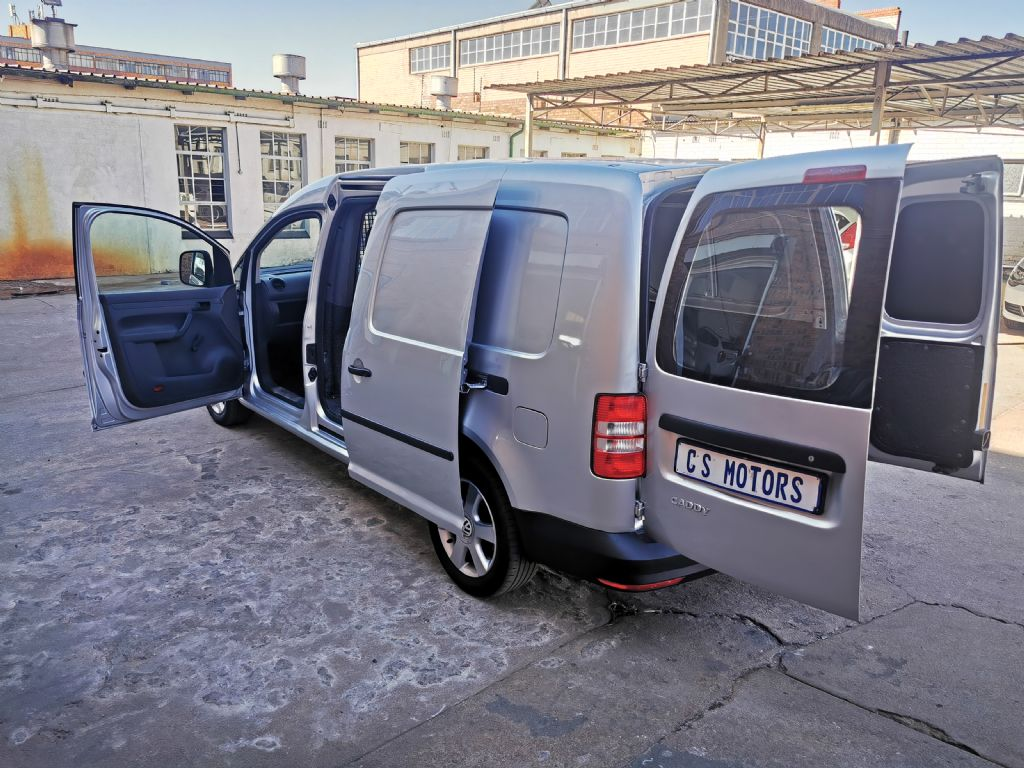 used-volkswagen-caddy-3017155-10.jpg