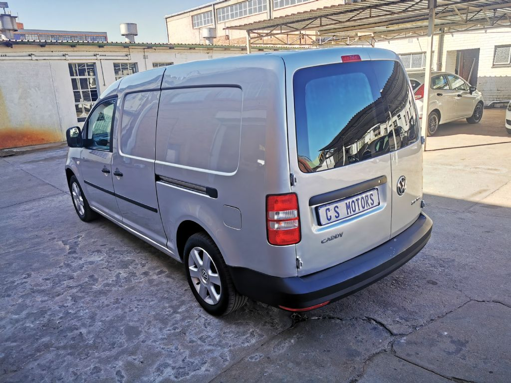 used-volkswagen-caddy-3017155-4.jpg