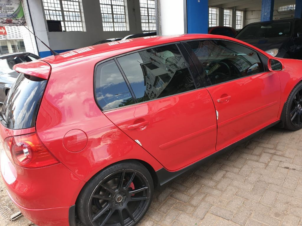 used-volkswagen-golf-v-3076896-6.jpg