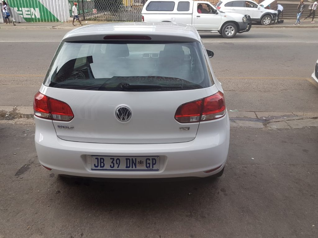 used-volkswagen-golf-vi-2900875-9.jpg