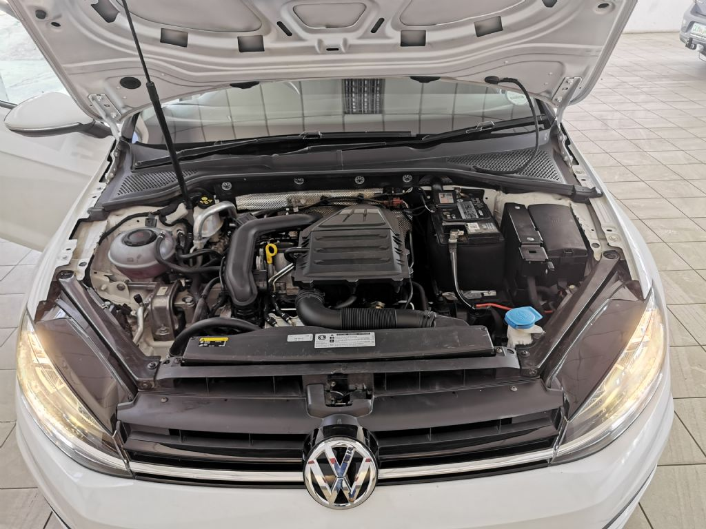 used-volkswagen-golf-vii-2770956-10.jpg