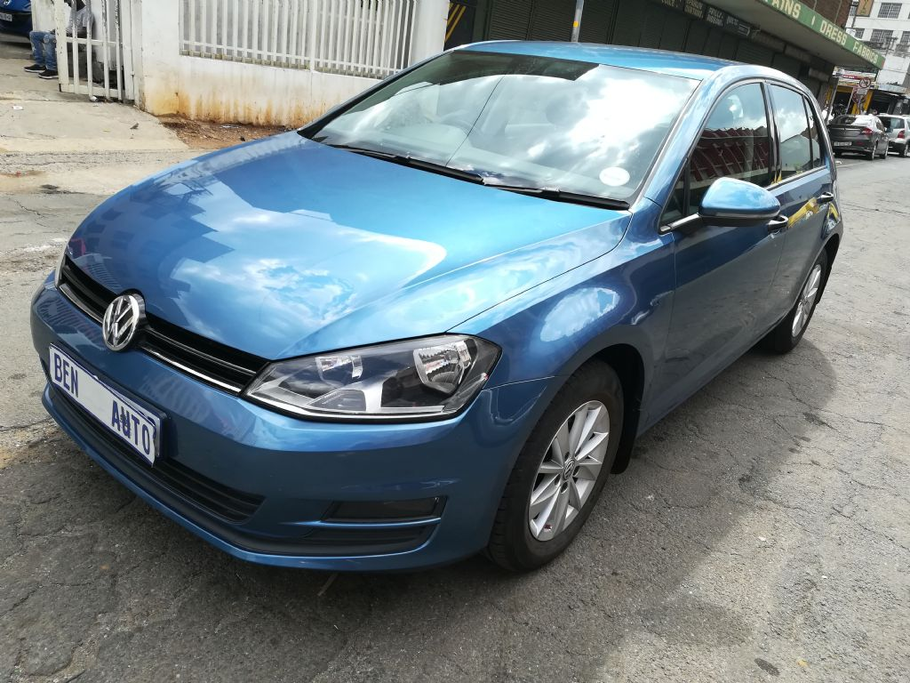 used-volkswagen-golf-vii-2862054-2.jpg