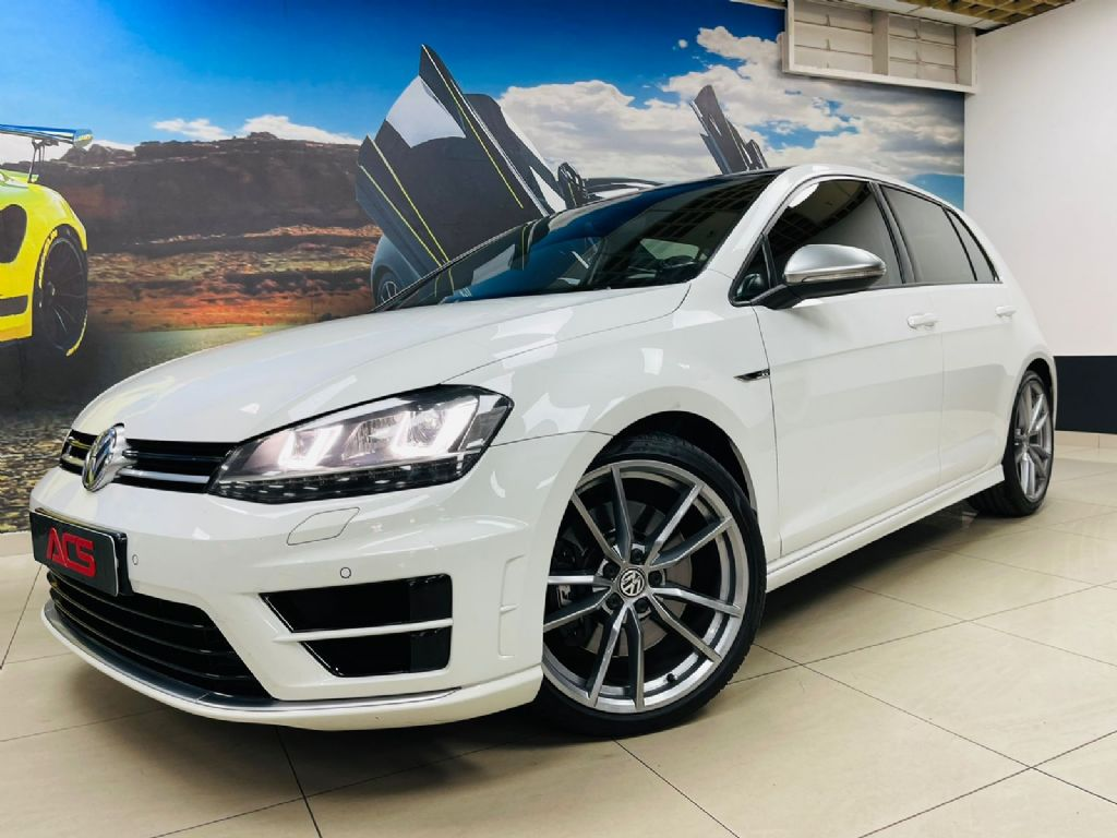 used-volkswagen-golf-vii-3263210-1.jpg