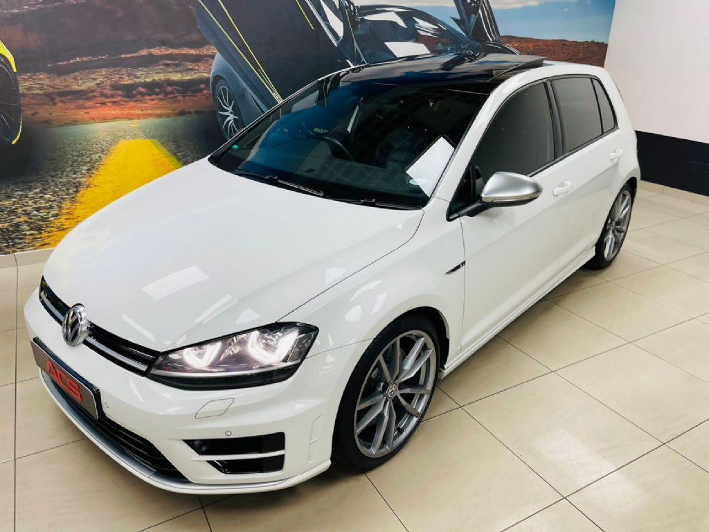 used-volkswagen-golf-vii-3263210-2.jpg