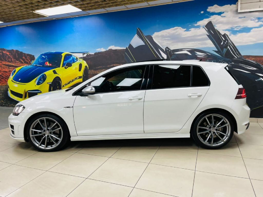 used-volkswagen-golf-vii-3263210-5.jpg