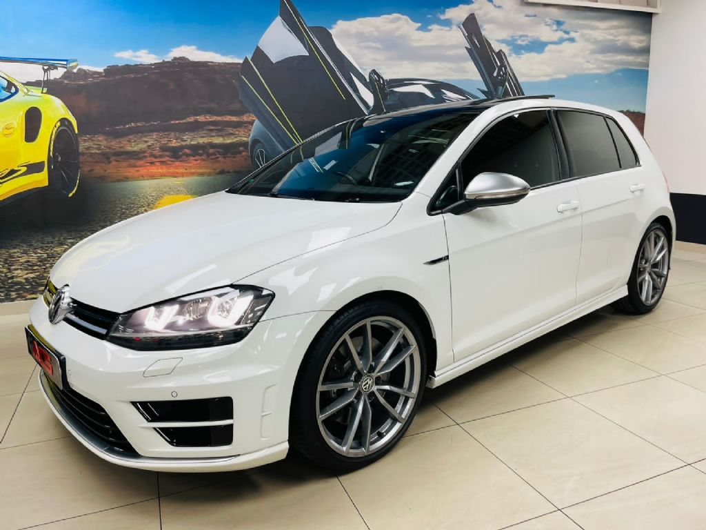 used-volkswagen-golf-vii-3263210-6.jpg