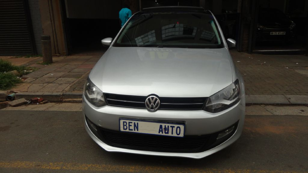 used-volkswagen-polo-2556521-1.jpg