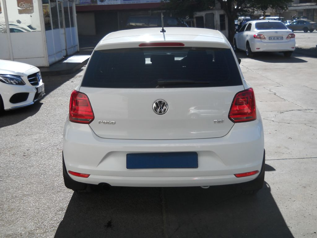 used-volkswagen-polo-2556531-5.jpg