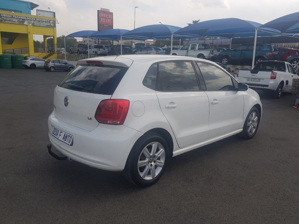 used-volkswagen-polo-2639200-5.jpg