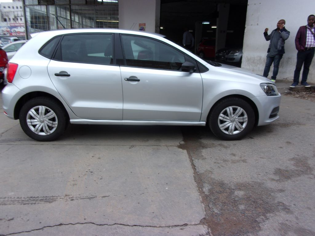 used-volkswagen-polo-2761592-5.jpg