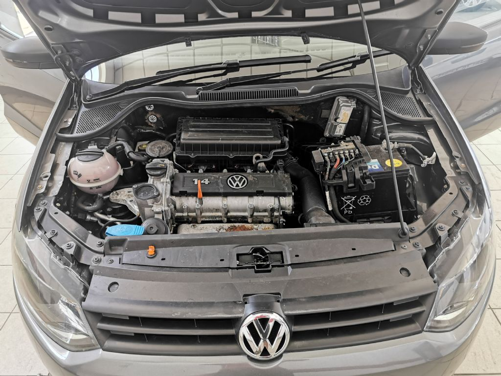 used-volkswagen-polo-2766982-10.jpg