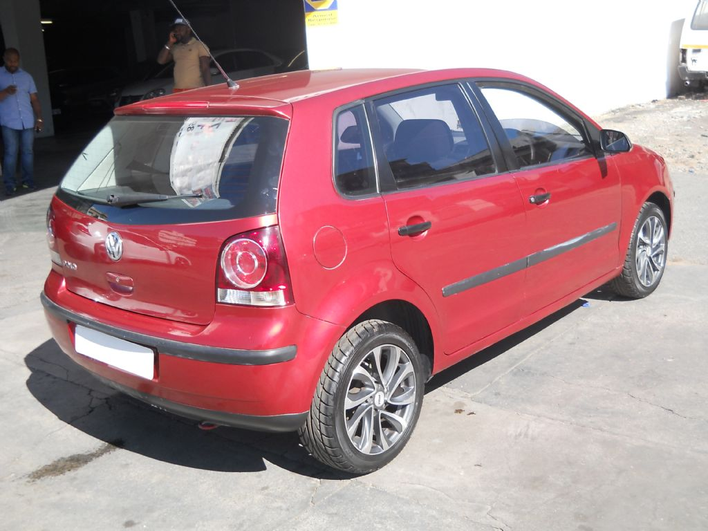 used-volkswagen-polo-2781413-2.jpg