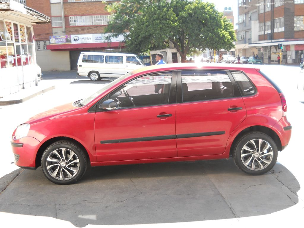 used-volkswagen-polo-2781413-7.jpg