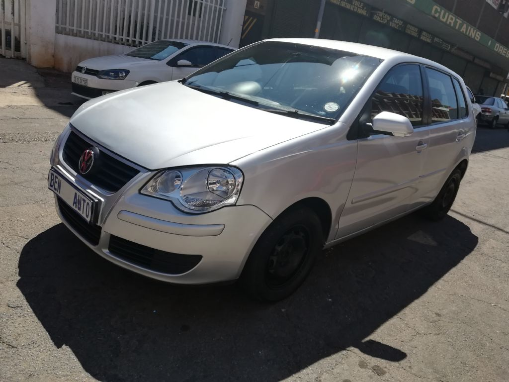 used-volkswagen-polo-2825326-1.jpg