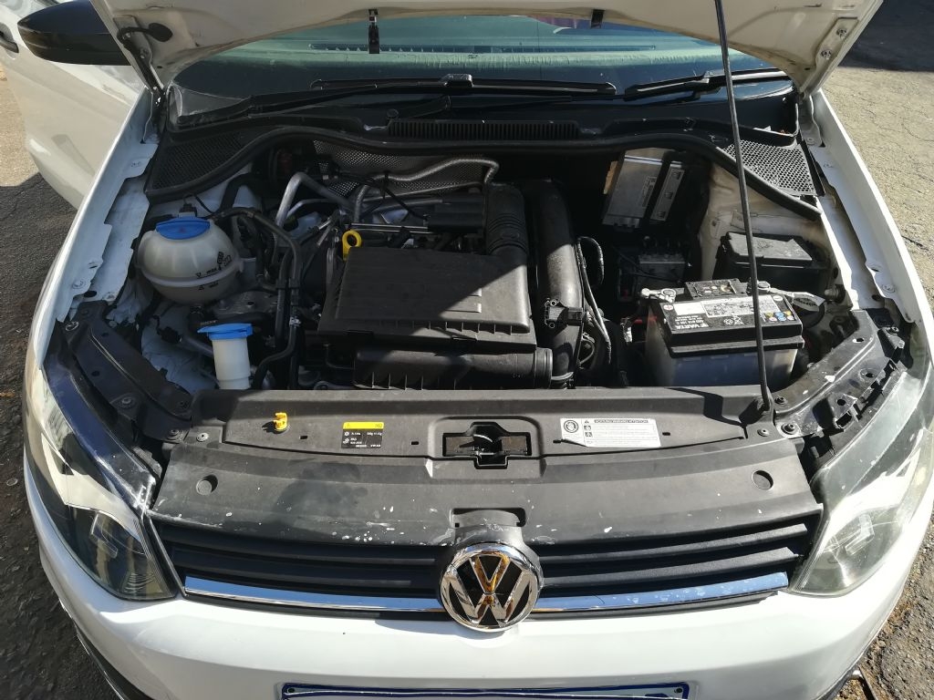 used-volkswagen-polo-2854768-2.jpg