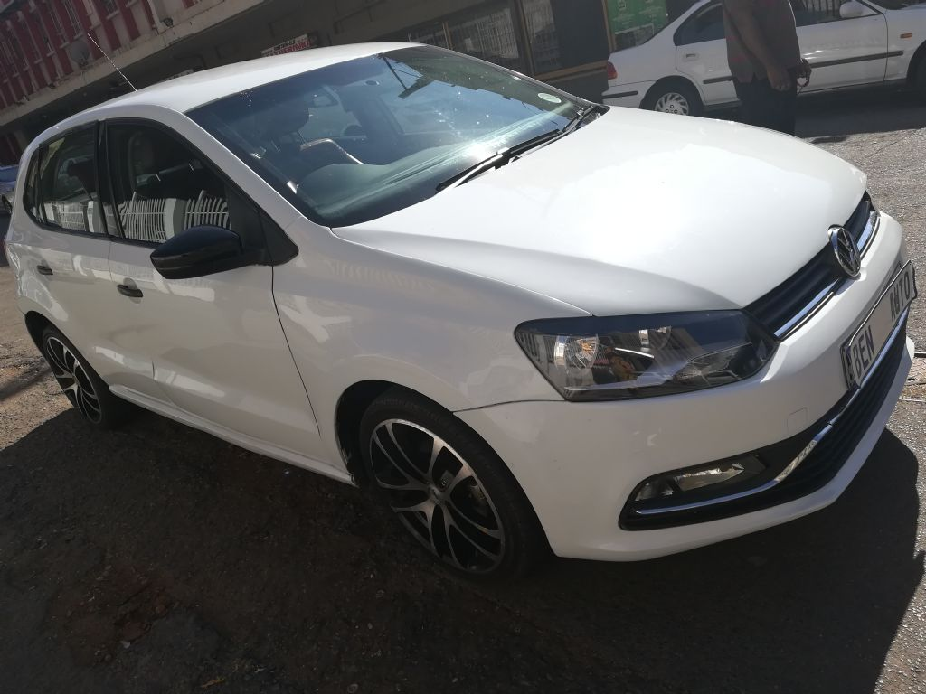 used-volkswagen-polo-2854768-3.jpg