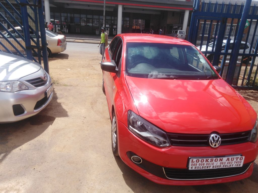 used-volkswagen-polo-2861898-2.jpg