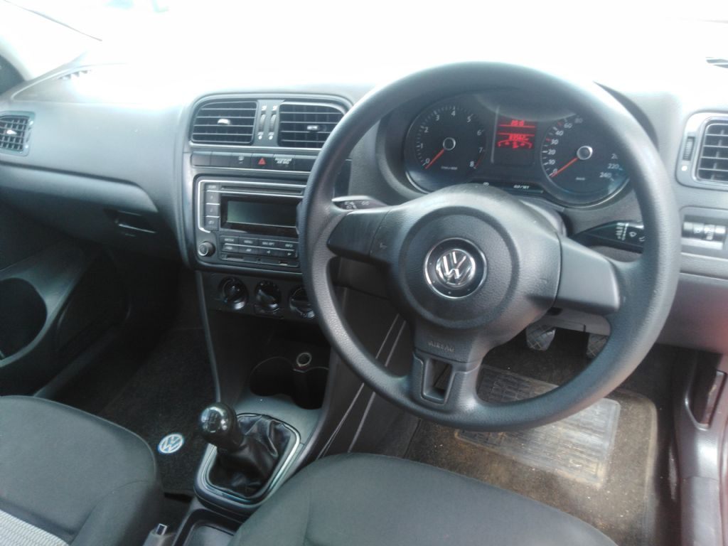 used-volkswagen-polo-2861898-7.jpg