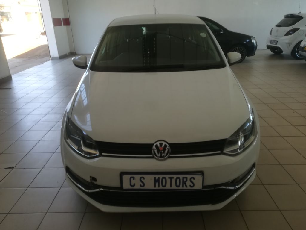used-volkswagen-polo-2936563-1.jpg