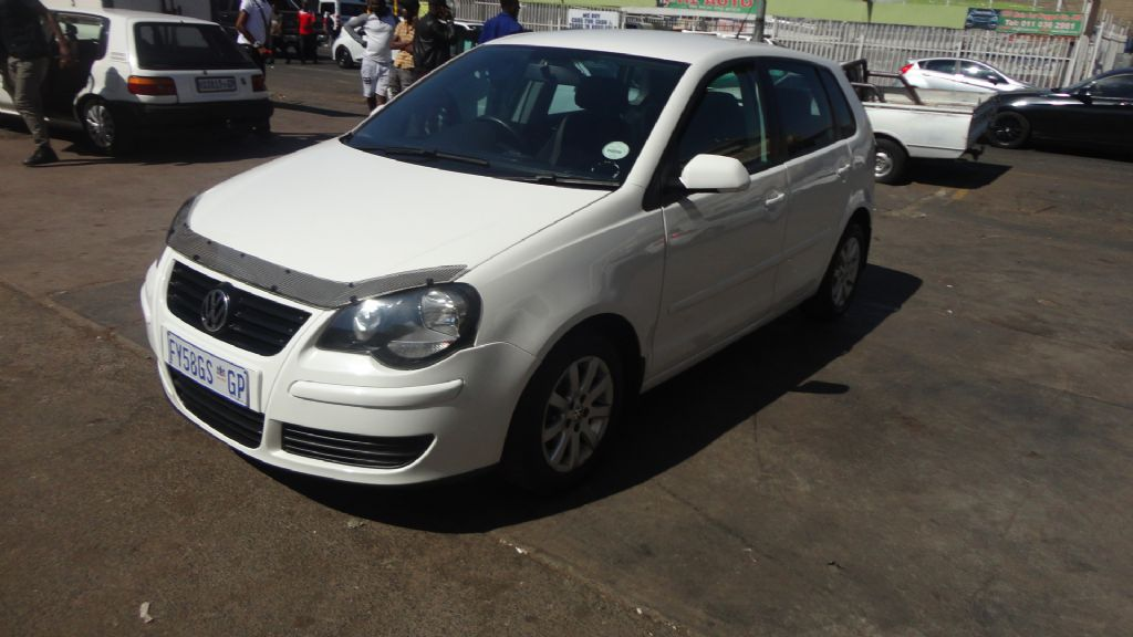 used-volkswagen-polo-2947321-3.jpg