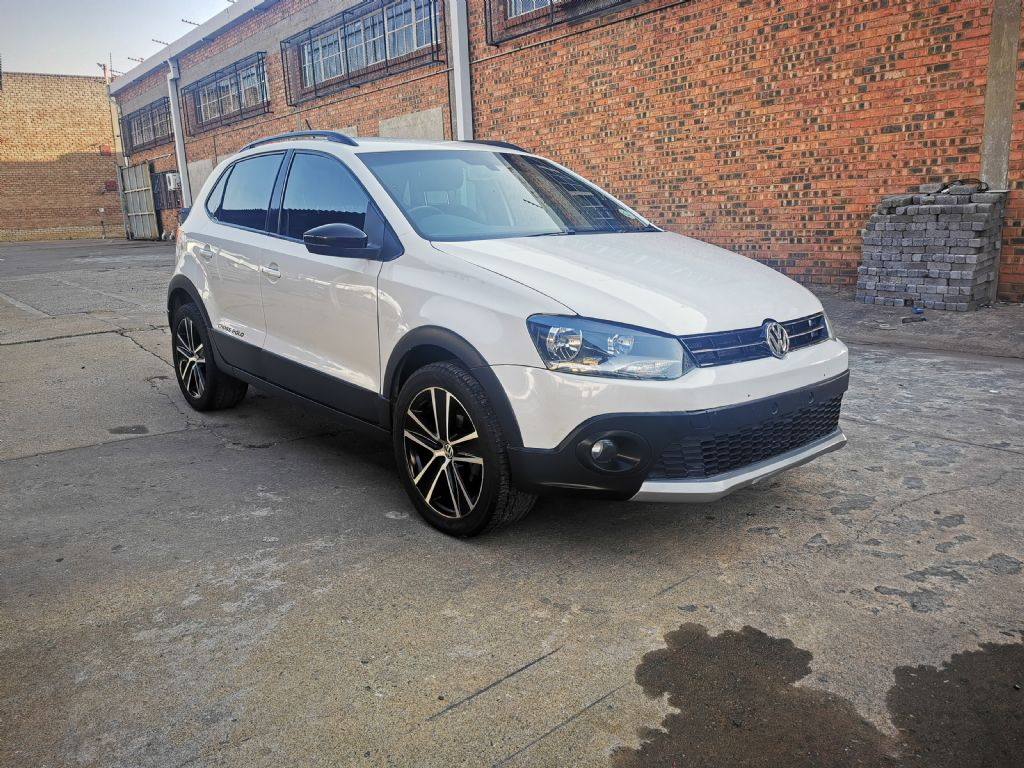 used-volkswagen-polo-2951188-1.jpg