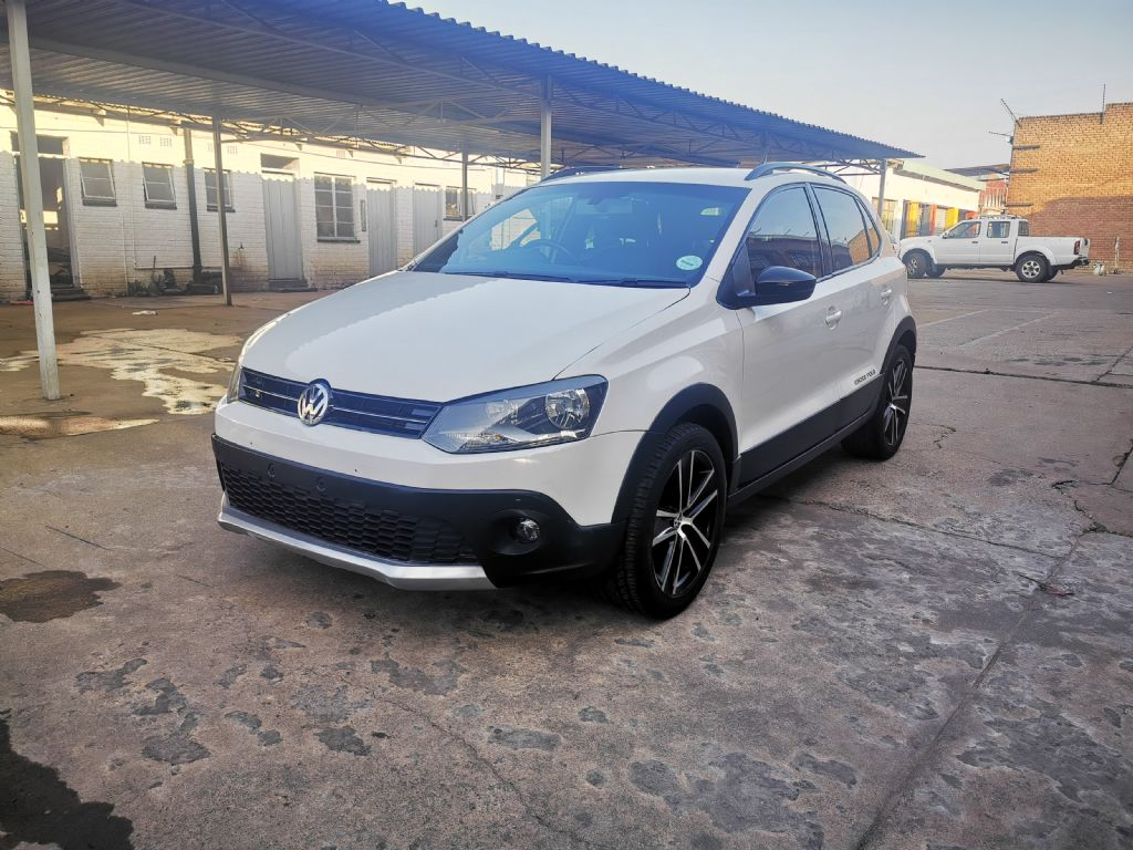 used-volkswagen-polo-2951188-3.jpg