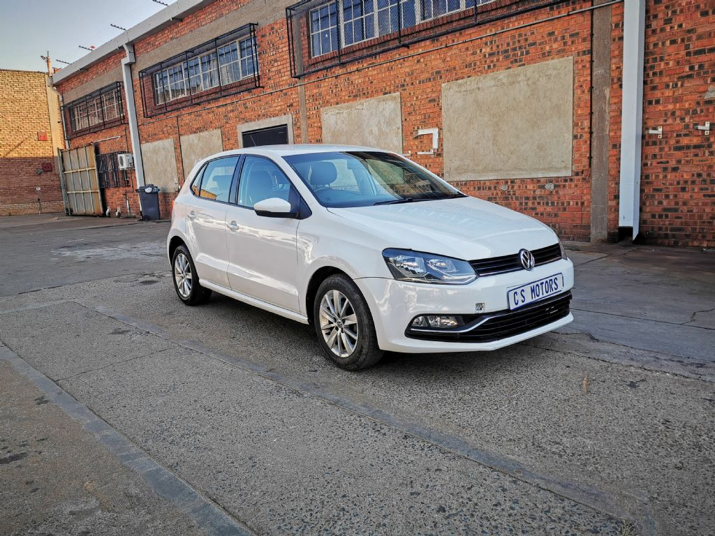 used-volkswagen-polo-2953972-1.jpg