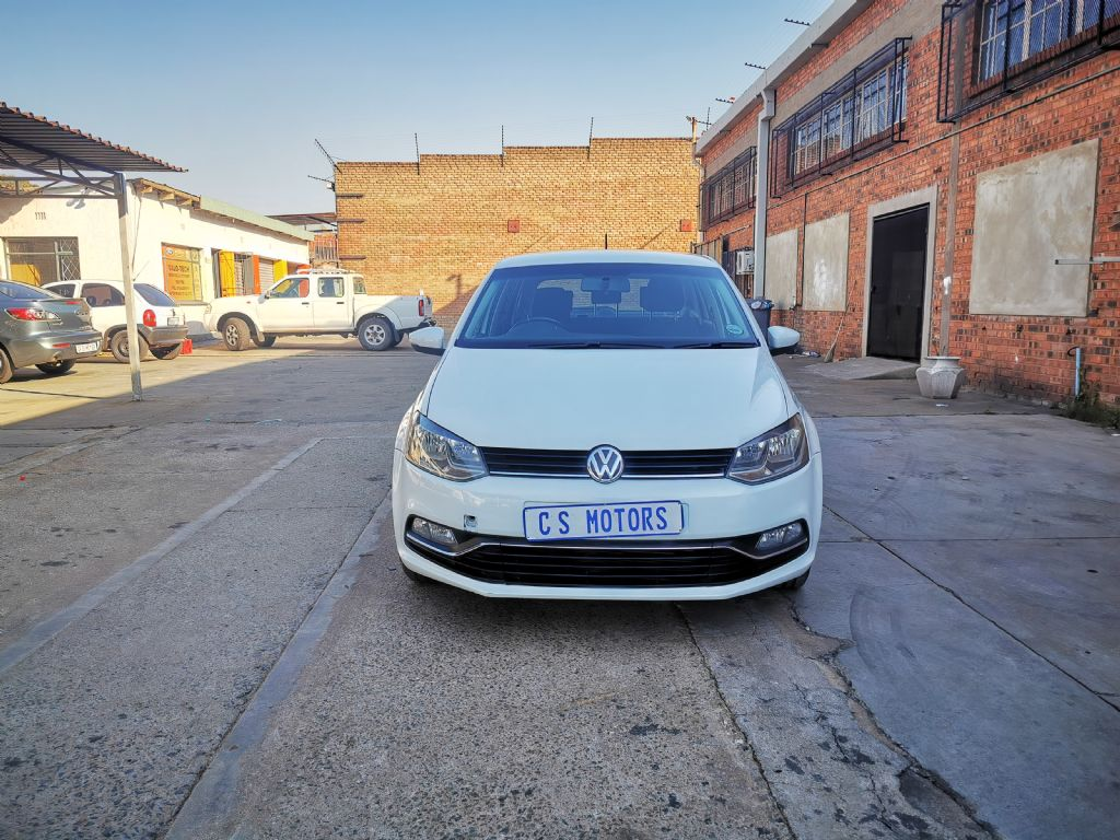 used-volkswagen-polo-2953972-2.jpg