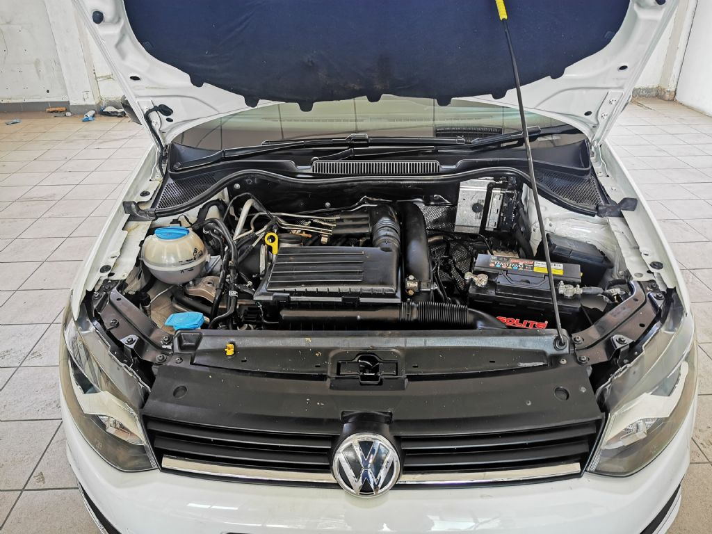 used-volkswagen-polo-3000369-10.jpg