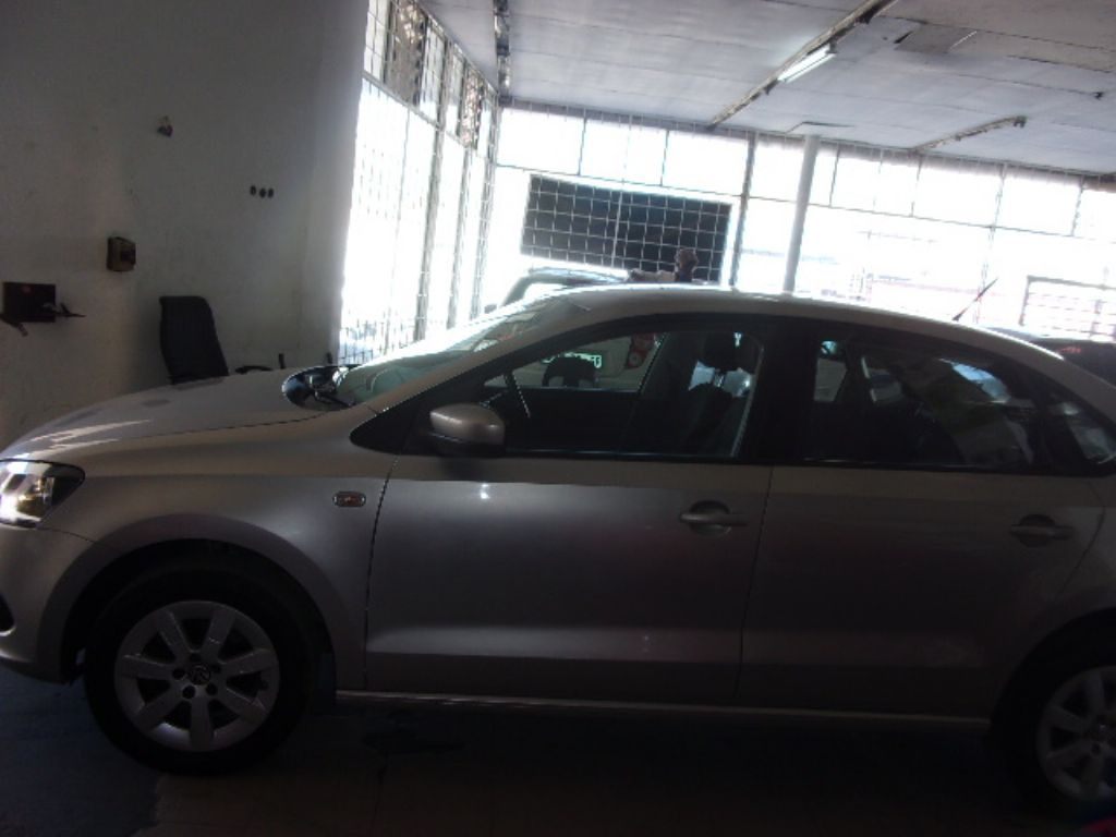 used-volkswagen-polo-3016946-6.jpg