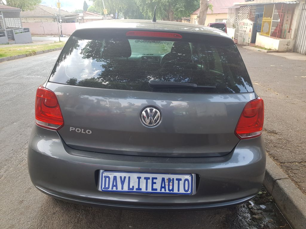 used-volkswagen-polo-3069543-2.jpg