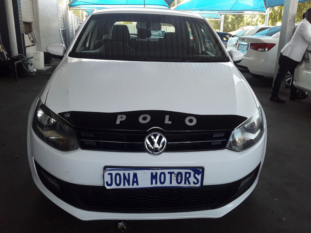 used-volkswagen-polo-3072475-1.jpg