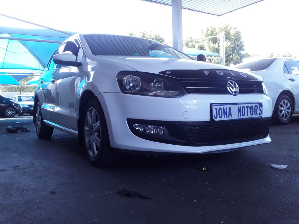 used-volkswagen-polo-3072475-2.jpg