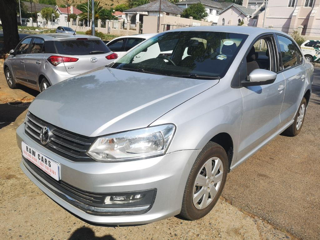 used-volkswagen-polo-3103859-2.jpg