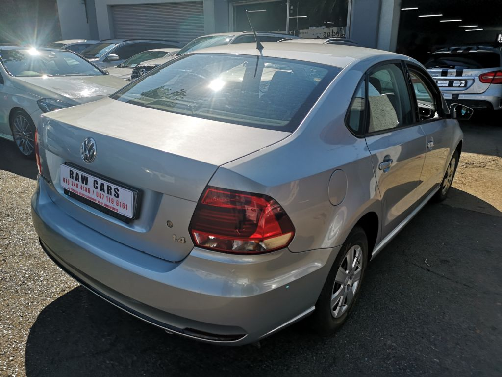 used-volkswagen-polo-3103859-4.jpg