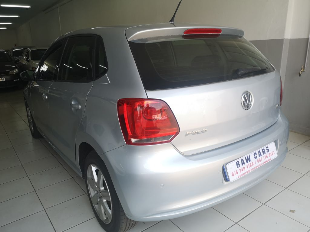 used-volkswagen-polo-3108536-5.jpg