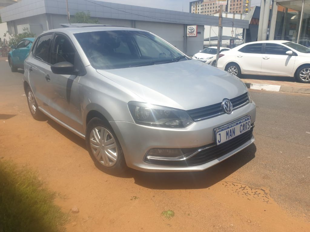 used-volkswagen-polo-3133795-1.jpg