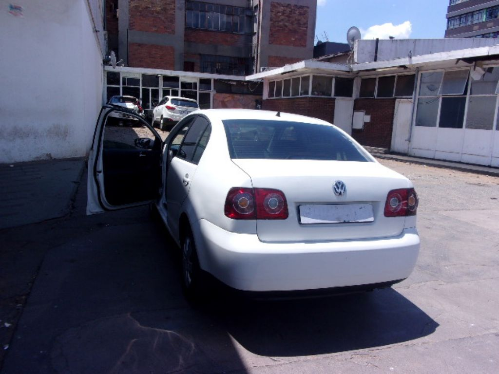 used-volkswagen-polo-3145343-8.jpg