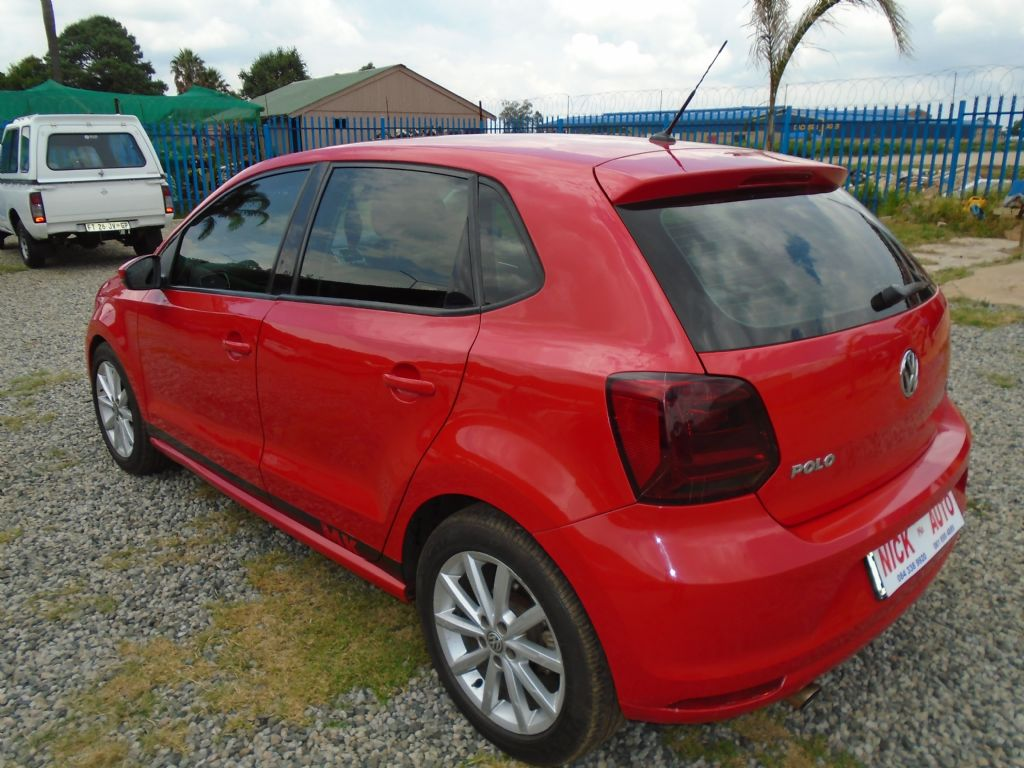 used-volkswagen-polo-3206468-5.jpg