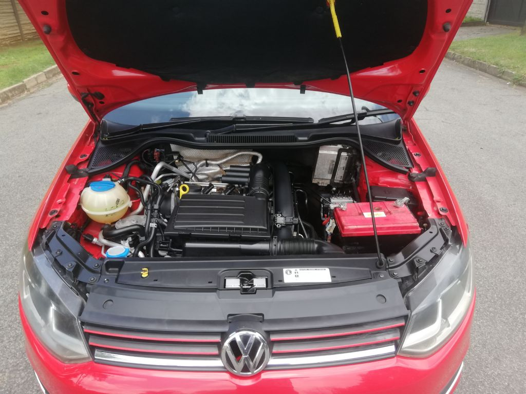 used-volkswagen-polo-3233800-4.jpg