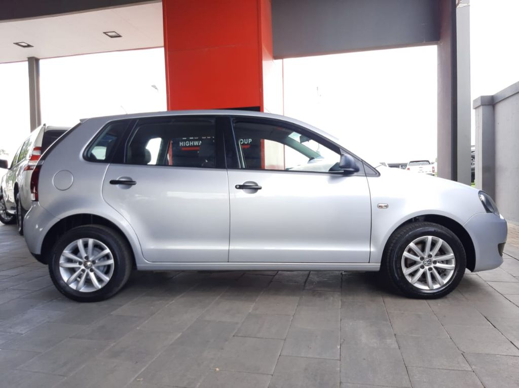 used-volkswagen-polo-3261776-1.jpg