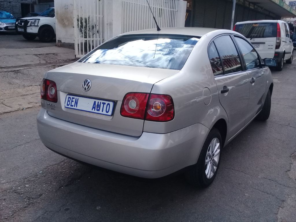 used-volkswagen-polo-vivo-2421400-8.jpg