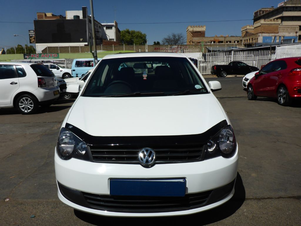 used-volkswagen-polo-vivo-2477533-1.jpg