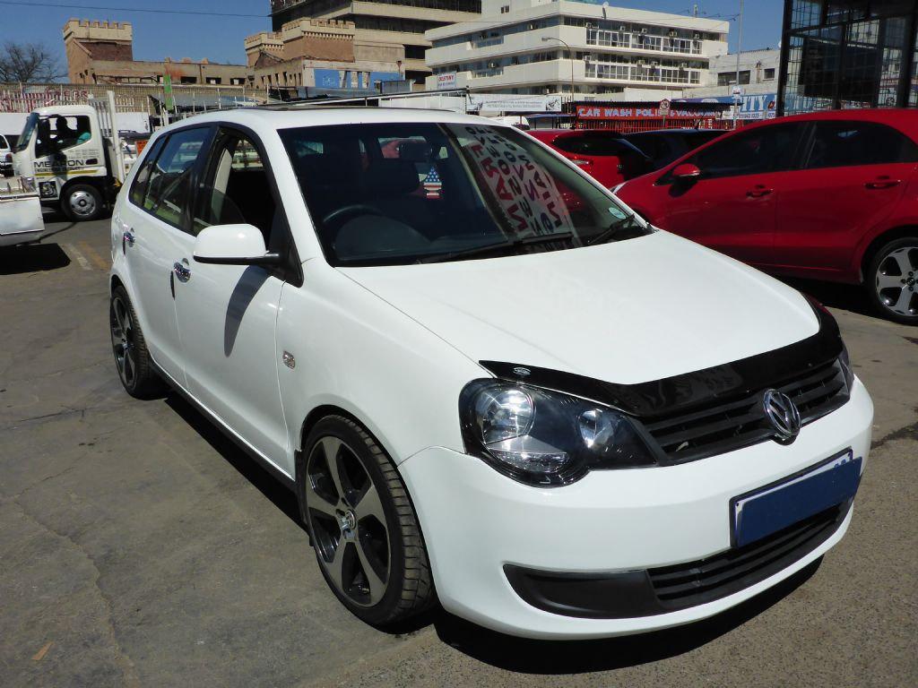 used-volkswagen-polo-vivo-2477533-2.jpg