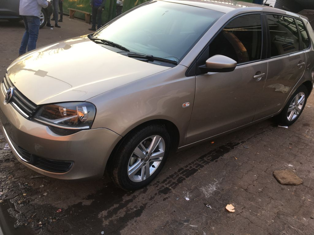 used-volkswagen-polo-vivo-2539821-10.jpg
