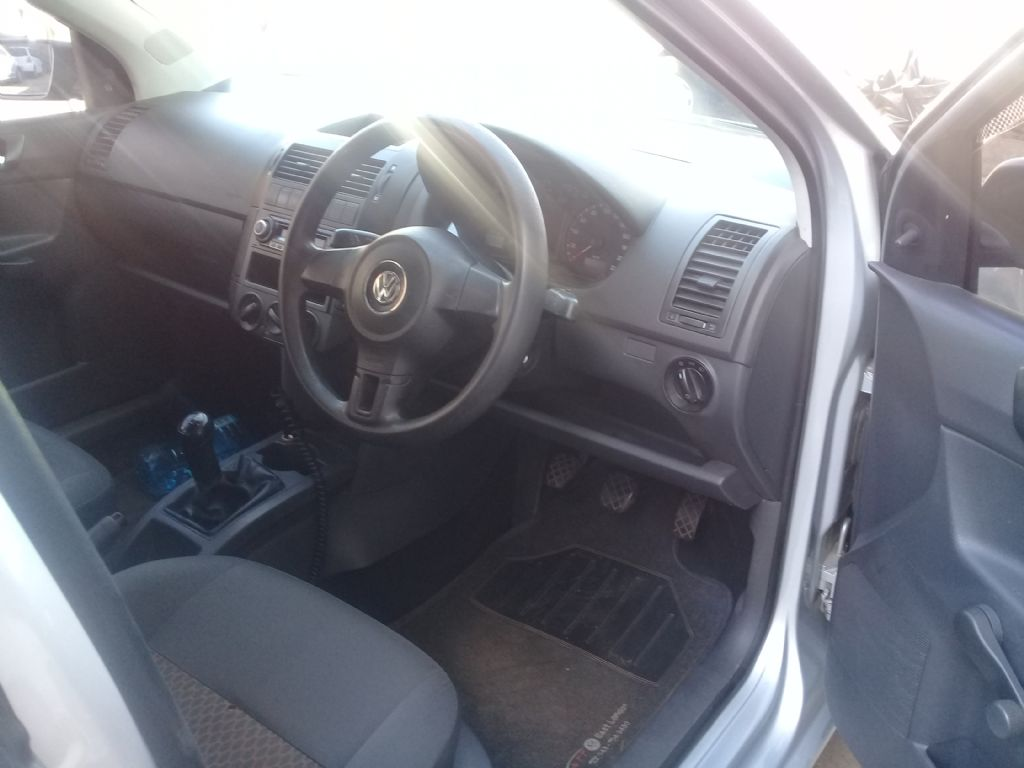 used-volkswagen-polo-vivo-2542544-6.jpg