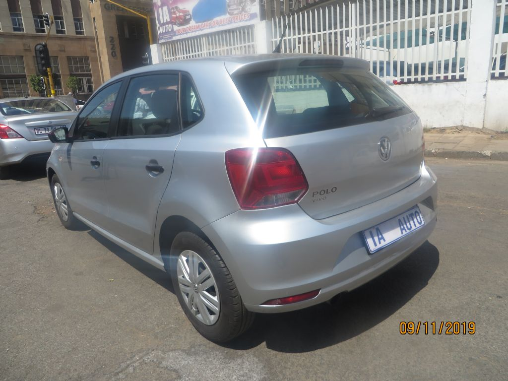 used-volkswagen-polo-vivo-2658593-2.jpg