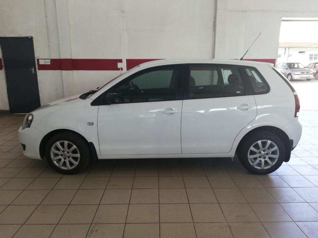 used-volkswagen-polo-vivo-2786250-4.jpg