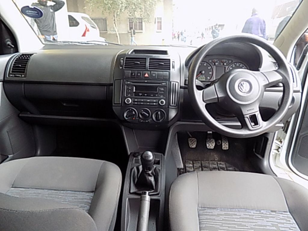 used-volkswagen-polo-vivo-2843425-9.jpg