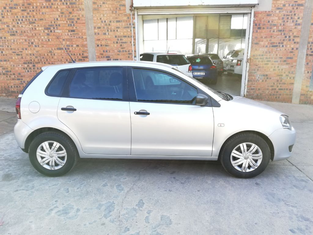 used-volkswagen-polo-vivo-2930223-4.jpg